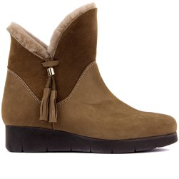 Sail Lakers - Mink Color Nubuck Slip On Furry Womens Boots