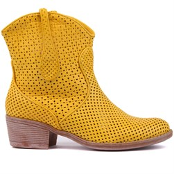 Sail Lakers - Yellow Genuine Leather Staple Detail Slip On Womens Summer Boots