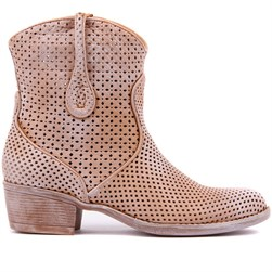 Sail Lakers - Tobacco Tumbled Genuine Leather Staple Detailed Slip On Womens Summer Boot