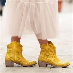 Sail Lakers - Yellow Genuine Leather Staple Detail Zippered Womens Summer Boots