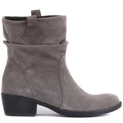 Sail Lakers - Grey Suede Leather Slip On Womens Boots