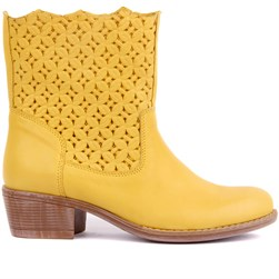 Sail Lakers - Yellow Genuine Leather Slip On Womens Summer Boots